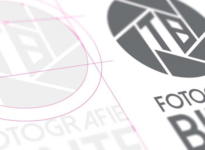 "Binte Fotografie ""Logoentwicklung / Visitenkarten"""